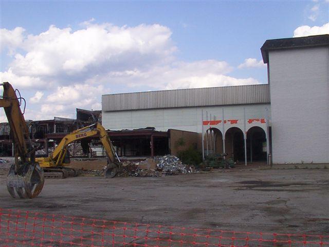 Lazarus Mall Entrance